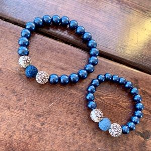 Jewelry - Mother and child beaded bracelet set